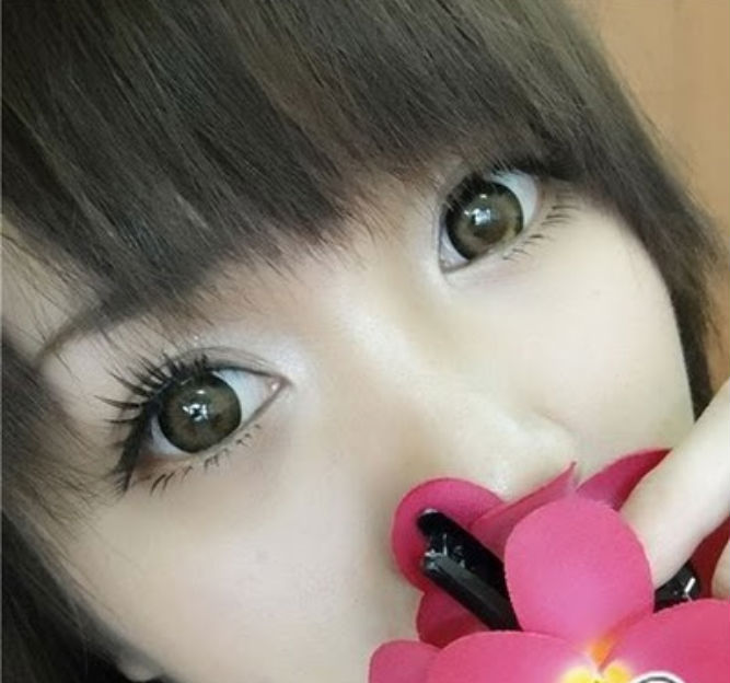 DUEBA BURN BROWN CONTACT LENS