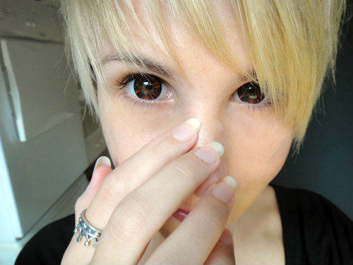GEO FOREST RED WT-B68 RED CONTACT LENS